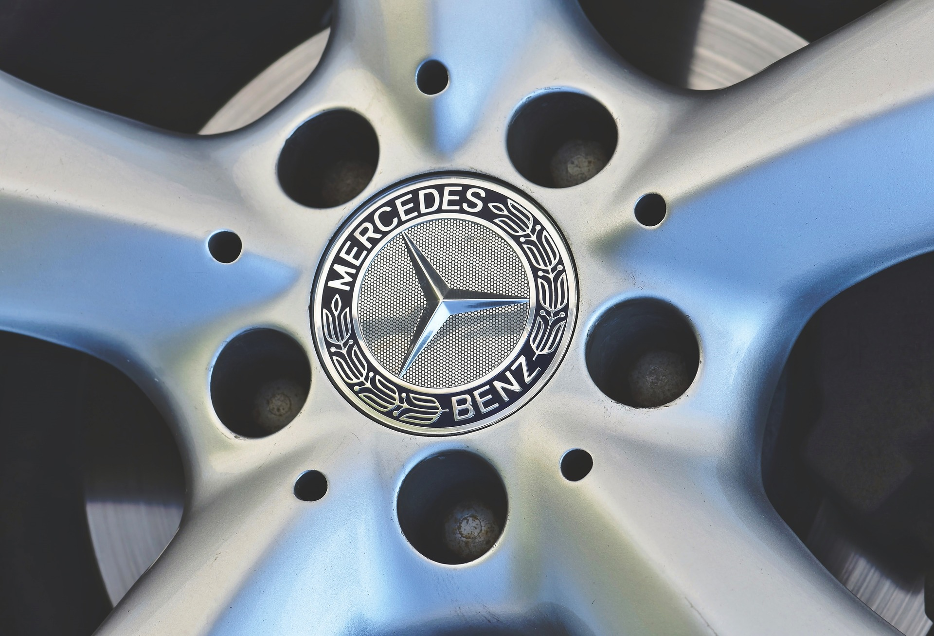 Mercedes EQ E